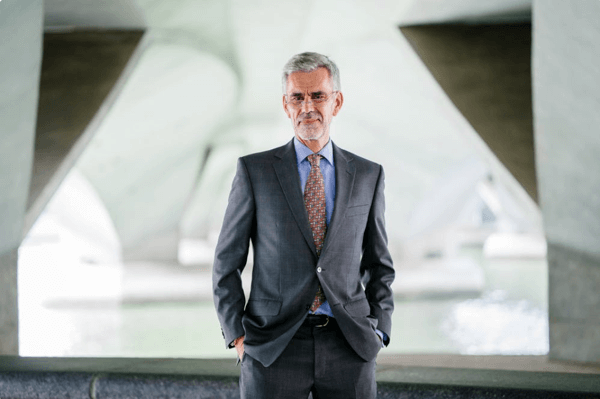 How to maximize the middle years and not be middling as a CEO?